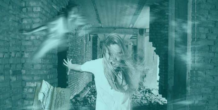 six-frightening-signs-poltergeist-activity